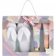 Style & grace bubble boutique slipper confezione regalo 200 ml lozione corpo + 200 ml gel doccia + pantofole