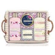 Baylis & Harding Set cadou în coș de răchită Coș de (Fuzzy Duck Cotswold Floral Basket)