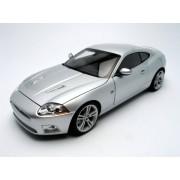 Jaguar XKR Coupe Silver 1:18 AutoArt Diecast Model