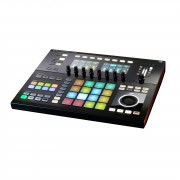 Native Instruments MASCHINE Studio Negro