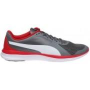 Puma evoSPEED 5.5 TT Running Shoes For Men(Black)