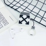 OFF WHITE- Witte 3D design AIRPODS PRO 1/2