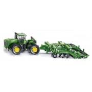 SIKU Farmer - tractor John Deere 9630 cu porți Amazone Centaur 1:87