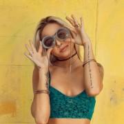 Stříbrné náušnice visací se světlemodrou matnou perlou 31232.3