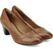 Clarks Denny Harbour Tan Leather Slip on For Women(Tan)