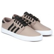 ADIDAS ORIGINALS SEELEY Sneakers For Men(Brown)