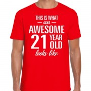 Bellatio Decorations Awesome 21 year / 21 jaar cadeau t-shirt rood heren