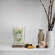 Lumanare parfumata Yankee Candle elevation collection holiday garland Borcan mare
