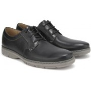 Clarks Watts Pace Black Leather Formal For Men(Black)