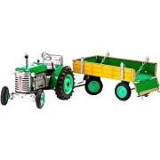 Kovap zöld traktor utánfutóval