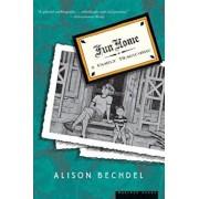 Fun Home: A Family Tragicomic, Paperback/Alison Bechdel