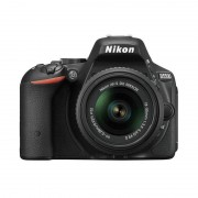 Nikon D5500 24.2MP + 18-55 AFP DX + Livro + Capa + Selfie Stick