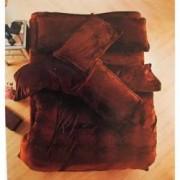 Set Lenjerie de pat pufoasa Cocolino Uni 2 persoane 4 piese plus 2 perne 50x70 cm cadou maro brun