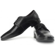 Clarks Hardies Dream Genuine Leather Lace Up Shoes For Men(Black)