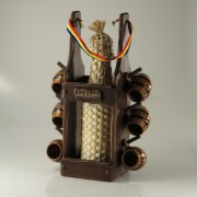 Minibar cu sticla impletita si 6 pahare ceramica