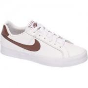 Nike Witte Court Royale Nike maat 40