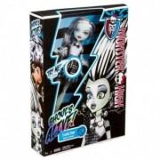 Monster High Frankie Stein Ghouls Alive- Eu stralucesc Y0424