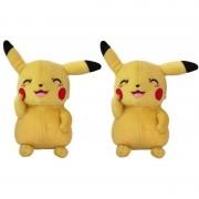 Pokemon 2x Pluche Pikachu knipoog knuffel 20 cm speelgoed