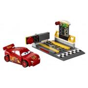 JUNIORS LANSATORUL DE VITEZĂ FULGER MCQUEEN™ - LEGO® (10730)