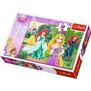 Puzzle clasic pentru copii - Printesele Disney Merida, Ariel si Alba ca Zapada 30 piese