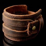 Collin Rowe Bruine Ruwleren Armband