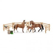 Schleich Horse Club Hanoverian Family in The Pasture Figurine Play Set