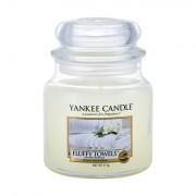 Yankee Candle Fluffy Towels vonná svíčka 411 g