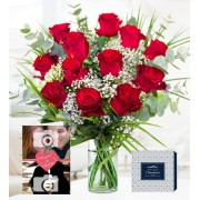 Classic Red Roses – Free Chocs – 12 Red Roses with Personalised Valentine's Day Card - Valentine's Flowers – Valentine's Day Flowers