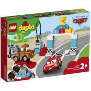 Конструктор Лего Дупло - Състезанието на Lightning McQueen, LEGO DUPLO Cars, 10924