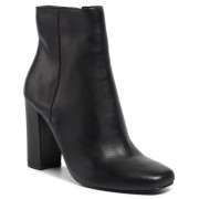 Боти STEVE MADDEN - Pixie SM11000772-03001-017 Black Leather