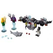 BATSUBMARINUL BATMAN™ SI CONFLICTUL SUBACVATIC - LEGO (76116)