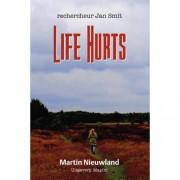 Life Hurts - Martin Nieuwland