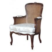 Sessel mit Sitzkissen und Stroh