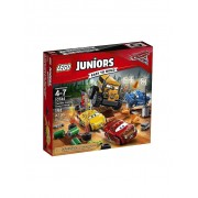 Lego Juniors - Cars 3 - Crazy 8 Rennen in Thunder Hollow 10744