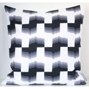 Styleica Kuddfodral sha-dows 50x50 cm, vit/svart