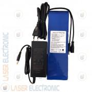 Batteria a Litio 24V 6.0Ah 6000mA con Caricabatteria 25.2V 1.0AH (non per motori)