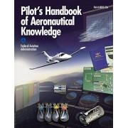 Pilot's Handbook of Aeronautical Knowledge (Federal Aviation Administration), Paperback