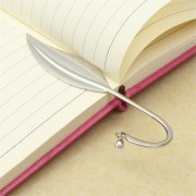 1pcs Delicate Leaf Metal Bookmark For Boooks Silver Paper Book Marks Holder For School Supplies