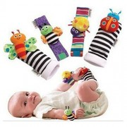 AEHIBO Wrist Rattle 4 Pcs Baby Wist Rattle and Foot Finder Socks Set Developmental Soft Animal Rattles Infant Baby Toys-Honey Bee and Cute Worm