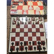 Shy Products Majestic Wooden Chess Board and Wooden Chessmen Board Game Board Game ()