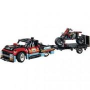 LEGO Technic LEGO® TECHNIC 42106 Show pro kaskadéry s Truck a motocykl