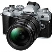 Olympus OM-D E-M5 III Body Zilver + 12-40mm f/2.8 Zwart