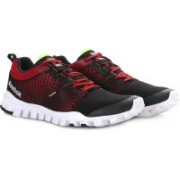 REEBOK QUICK CITY FLEX LP Running Shoes For Men(Red)