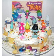 """Dreamworks Trolls Movie Deluxe Party Favors Goody Bag Fillers Set of 17 with Figures and """"Treasure Troll"""" Jewels Featuring Princess Poppy, Branch and"""