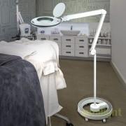 Lampa LED ideala pentru salon cosmetica, cu brat articulat Lupa SV-249152