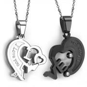 Fekete és ezüst színű nemesacél, kétrészes szív alakú medál, cirkónia kristállyal