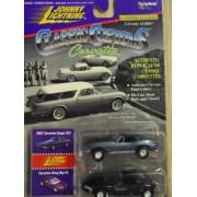 Johnny Lightning Classic Customs Corvette 1967 Corvette Coupe 427 Corvette Sting Ray Series #2