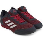 ADIDAS VITORIA II Training Shoes For Women(Black, Red)