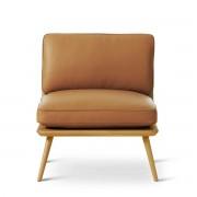 Fredericia - Spine Lounge Suite Chair Petit, Eiche klar lackiert / Leder cognac