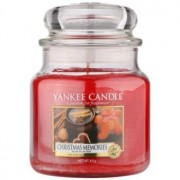 Yankee Candle Christmas Memories scented candle Classic Medium 411 g